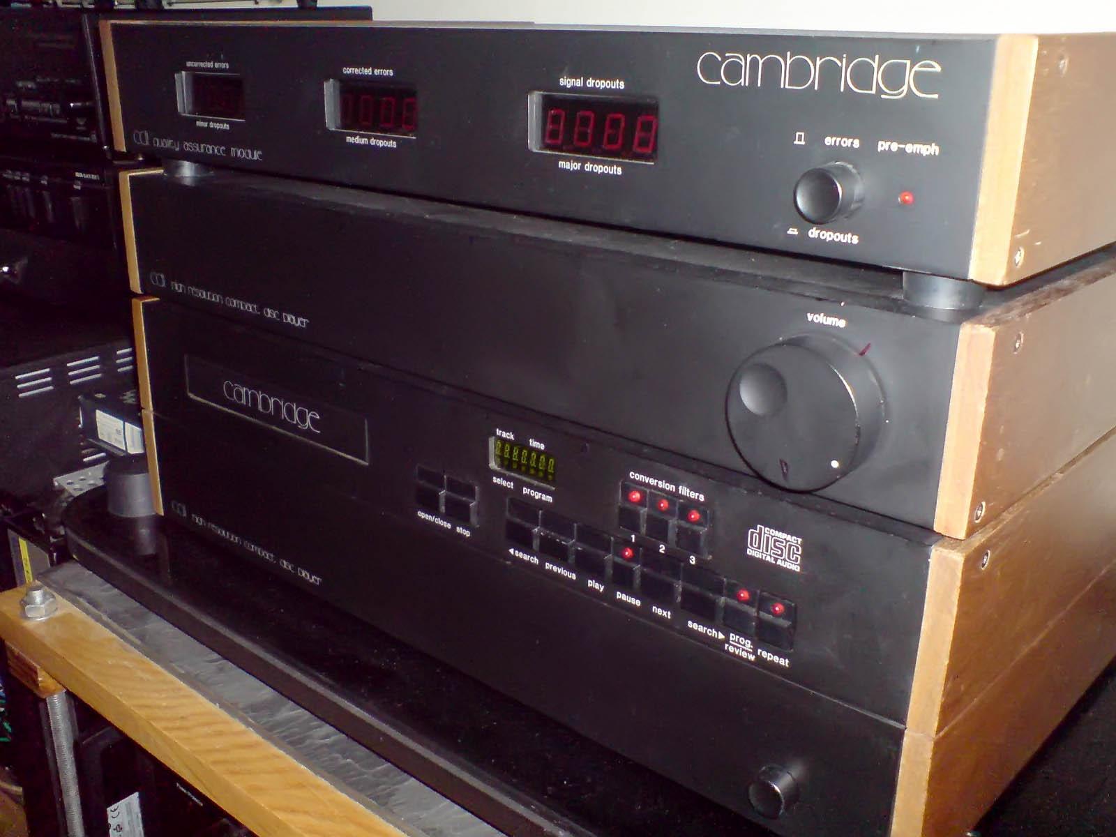 Заря цифровой музыки: проигрыватель компакт-дисков Cambridge Audio CD1