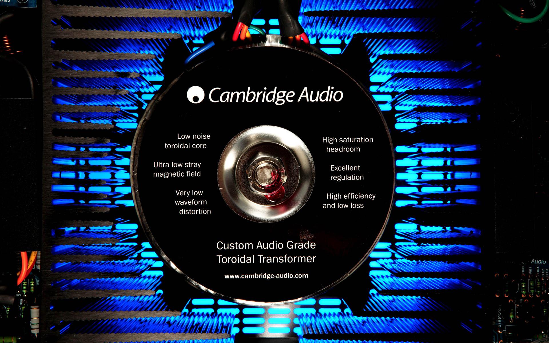 Основа усиления от Cambridge Audio – фирменный тороидальный трансформатор