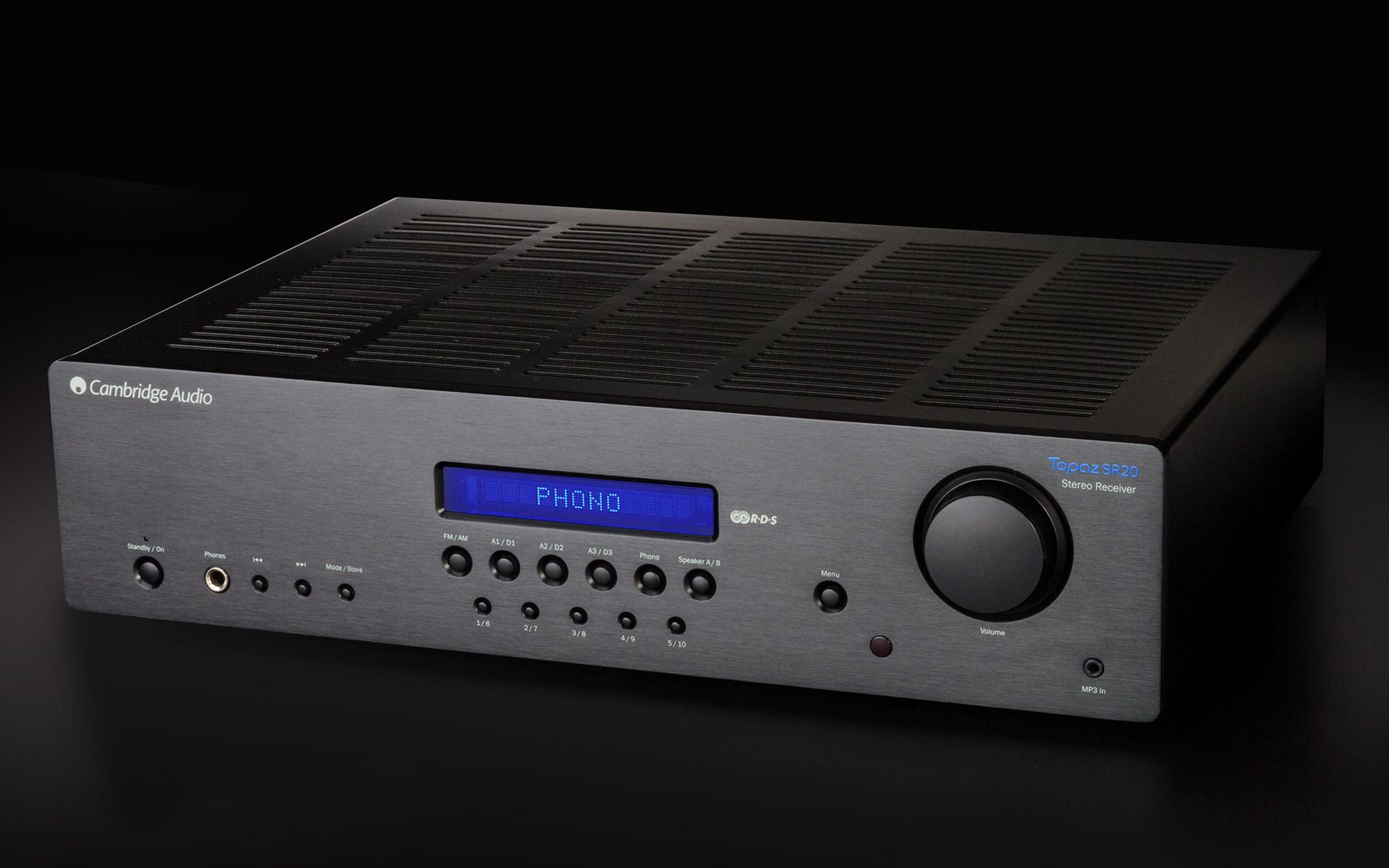 Стереоресивер Cambridge Audio Topaz SR20 оснащён входом Phono для проигрывателя виниловых дисков
