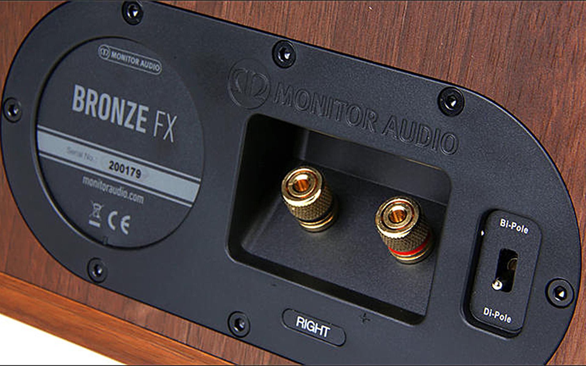Задняя панель Monitor Audio Bronze FX оснащается специальным переключателем конфигурации