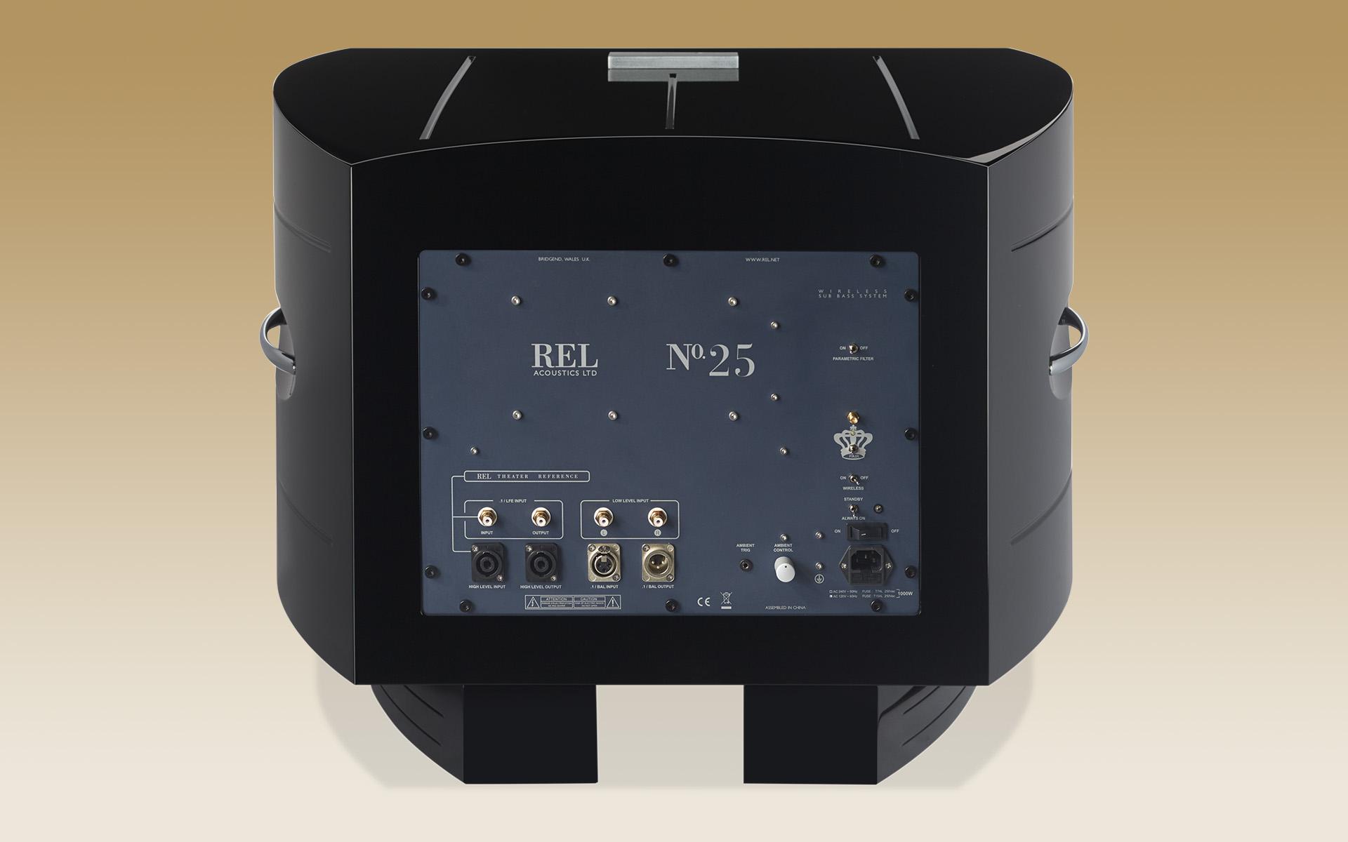 Подключить сабвуфер REL No. 25 к системе можно практически любым удобным для вас способом