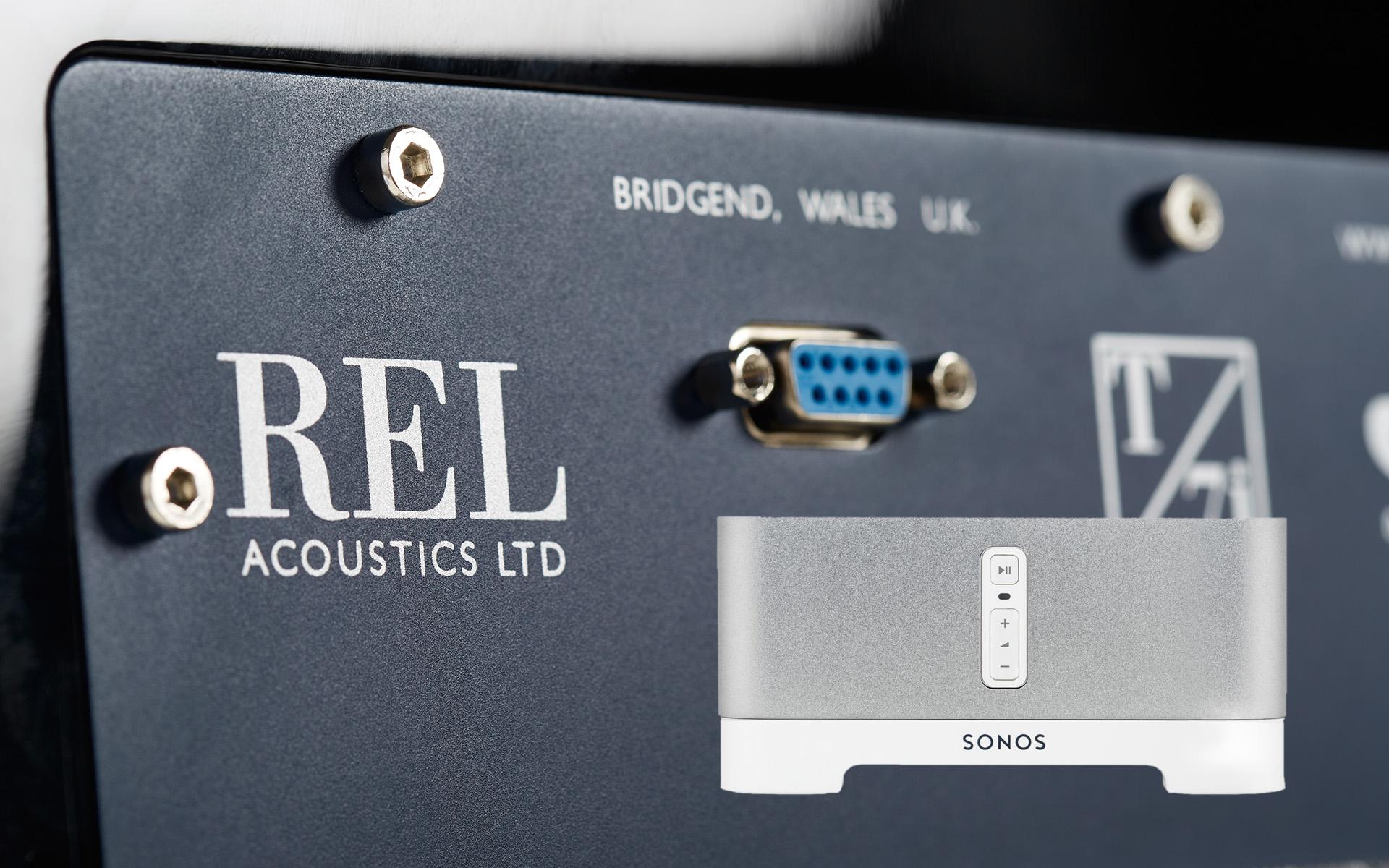 Используйте сабвуфер REL вместе с устройством Sonos Connect