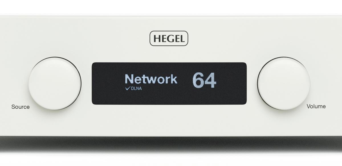 Hegel H190 поставляется в корпусах чёрного или белого цвета