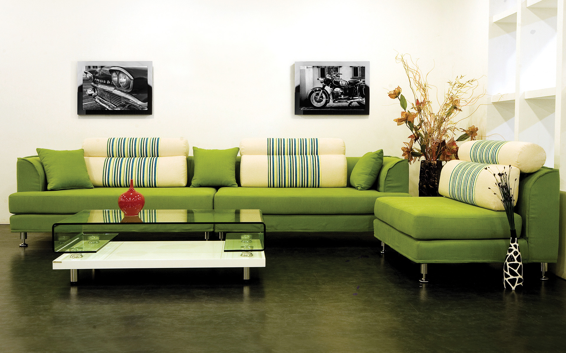 Элементы системы multiroom в вашей гостиной могут быть «замаскированы» под картины или постеры