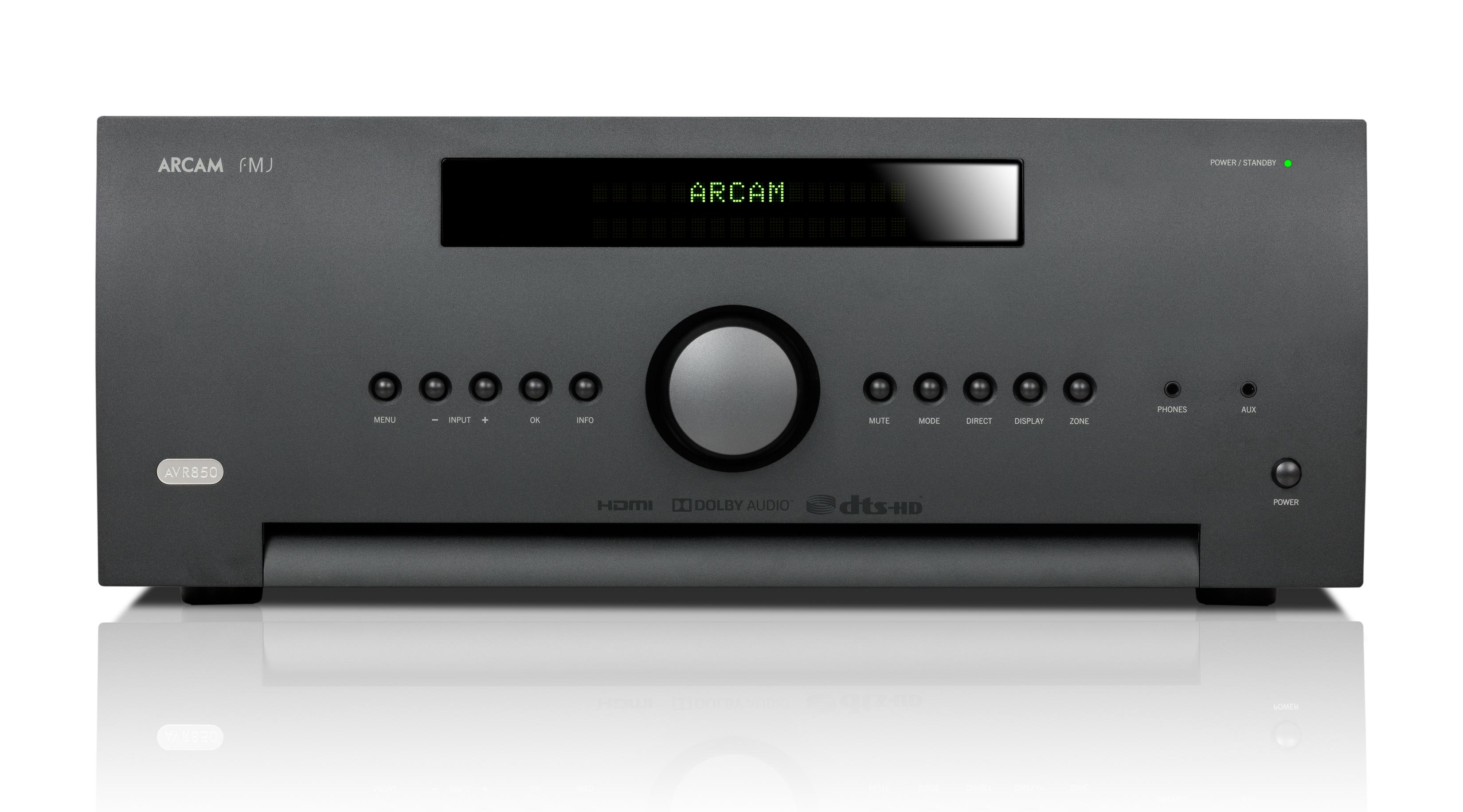SR 250 выполнен в том же дизайне, что и многоканальные ресиверы Arcam