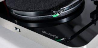 Проигрыватель винила Miracord 70 – «золотая середина» модельного ряда ELAC