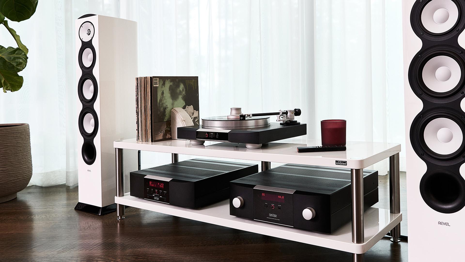 Подключи и слушай: проигрыватель виниловых дисков Mark Levinson № 5105