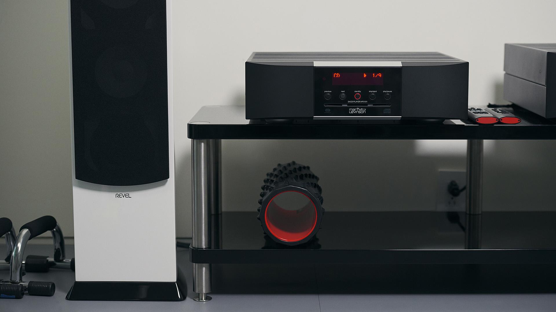 Лакшери аудио: Mark Levinson № 5101 не занимается приукрашивнием