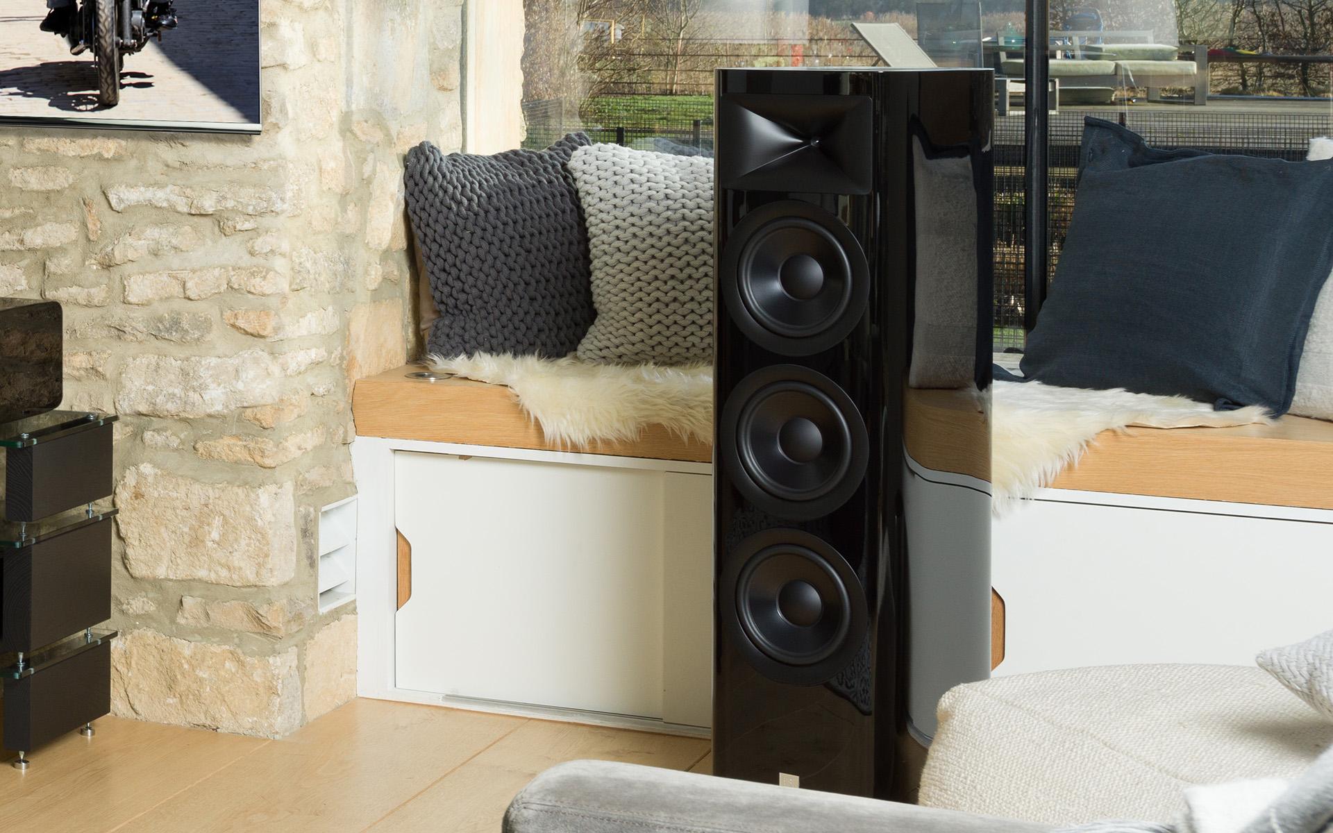 Дайте им побольше места: JBL HDI-3800 в обзоре Hi-Fi News