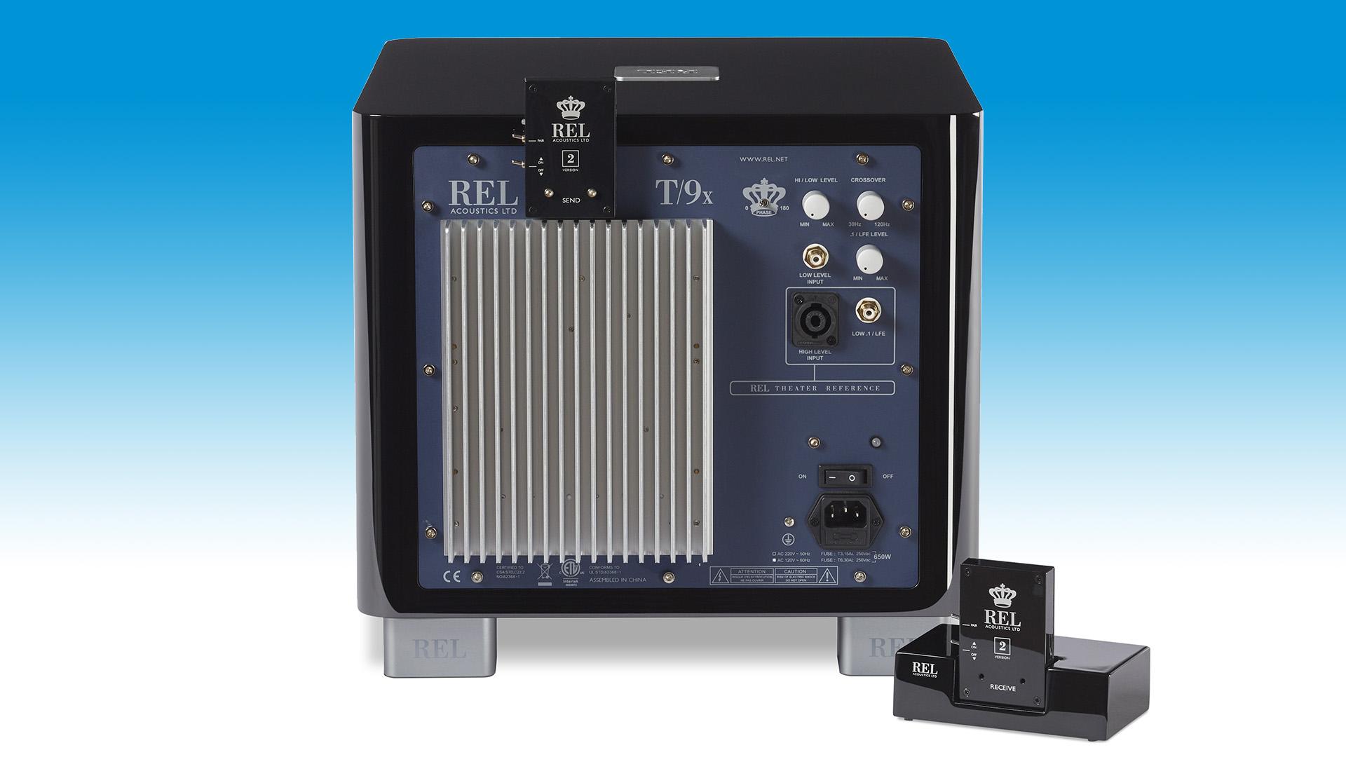 Беспроводной передатчик для подключения сабвуфера REL